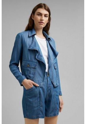 MIT WASSERFALLKRAGEN - Denim jacket - blue medium washed