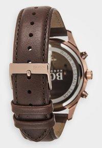 BOSS - ASSOCIATE - Chronograph watch - braun - 1