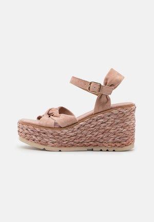 Sandalias con plataforma - old pink