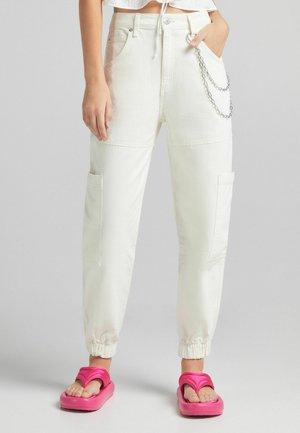 MIT KETTE - Cargo trousers - white