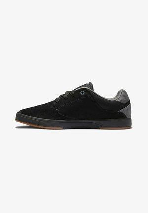 PLAZA - Trainers - black/black/gum