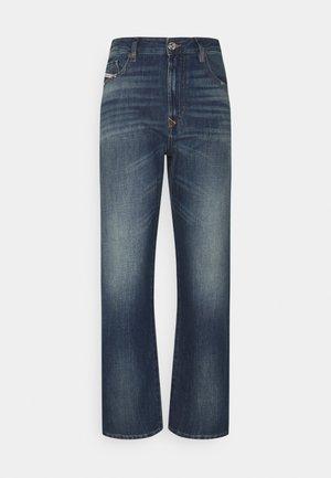 D-REGGY - Straight leg jeans - denim blue