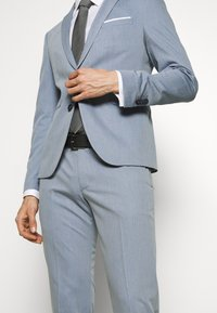 Cinque - CIPULETTI SUIT - Suit - light blue - 8