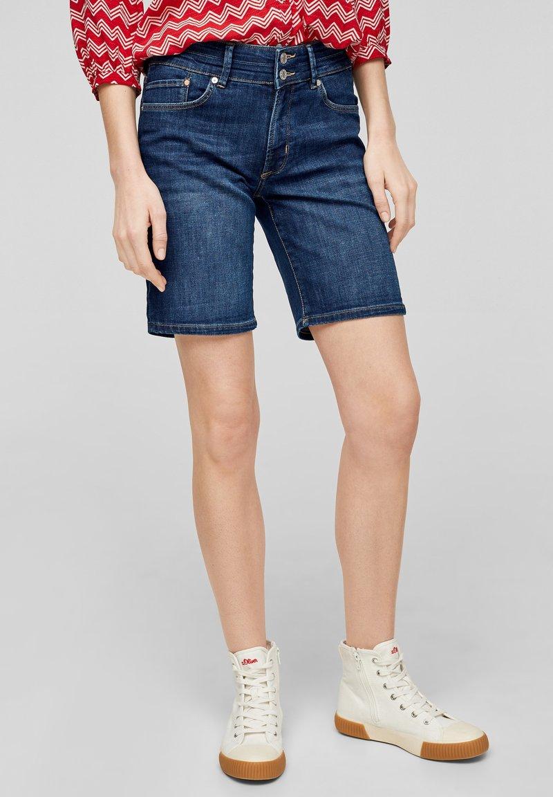 s.Oliver - Denim shorts - dark blue