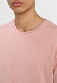 Only & Sons - ONSMATT - T-shirt - bas - misty rose - 4