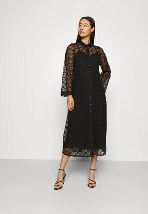 YASBACKA MIDI DRESS - Denní šaty - black