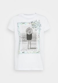 Rich & Royal - WITH PRINT YOU ARE MINE - Print T-shirt - white - 4