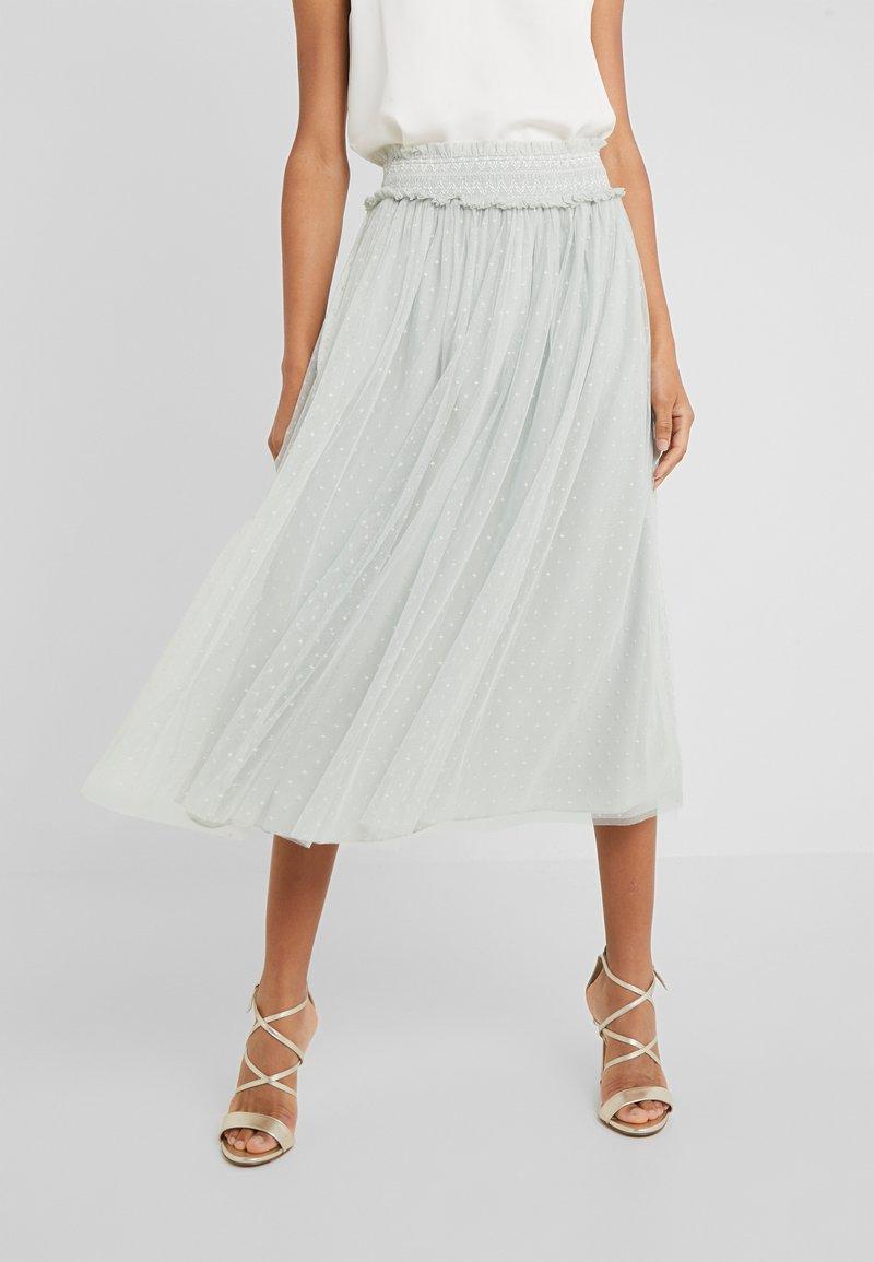 Needle & Thread - HONEYCOMBE SMOCKED BALLERINA SKIRT - A-line skirt - meadow green