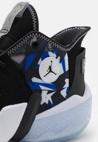 Jordan - JUMPMAN DIAMOND 2 - Zapatillas de baloncesto - black/racer blue/white/ice/anthracite - 5