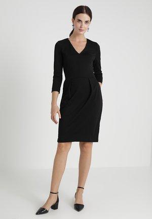 NIRA DRESS - Sukienka z dżerseju - black