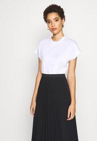 Anna Field - MODERN TEE - T-shirt basic - white - 0