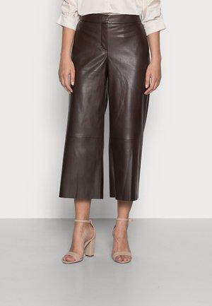 CHANG - Pantalon en cuir - chocolate