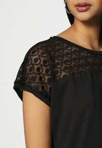 Vero Moda - VMSOFIA LACE TOP - T-shirt basic - black - 4