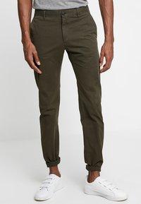 Strellson - RYPTON - Chino kalhoty - dark green - 0