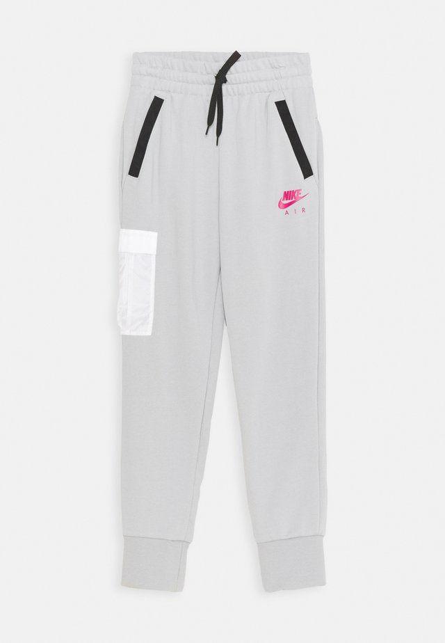 AIR PANT - Tracksuit bottoms - light smoke grey/fireberry