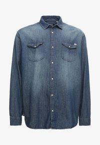 Jack & Jones - JJESHERIDAN PLUS - Skjorta - medium blue denim - 3