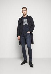 HUGO - Slim fit jeans - bright blue - 1