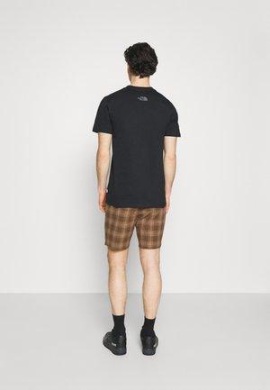 MADRID - Shorts - washed brown