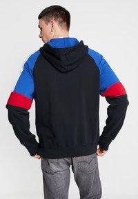 Levi's® - PIECED FULLZIP HOODIE - Collegetakki - hoodie black/ sodalite - 2