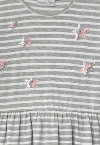 happy girls - Žerzejové šaty - grau - 3