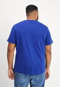 Lacoste - T-shirt - bas - royal - 2