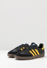 adidas Originals - SAMBA - Zapatillas - core black/equipment yellow/blu bird - 2
