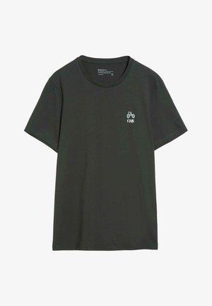 JAAMES DONT MESS IT UP - T-shirt print - dark pine
