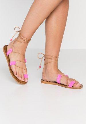CUPCAKE - T-bar sandals - pink