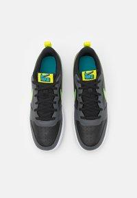 Nike Sportswear - COURT BOROUGH UNISEX - Zapatillas - black/cyber/iron grey/aquamarine - 3