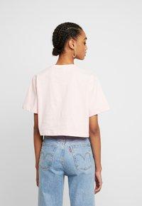 Ellesse - FIREBALL - Print T-shirt - light pink - 2