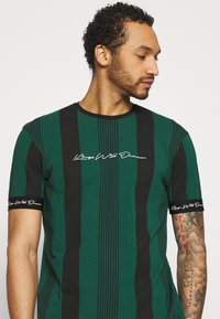 Kings Will Dream - VEDTON STRIPE TEE - T-shirt print - evergreen/black - 3