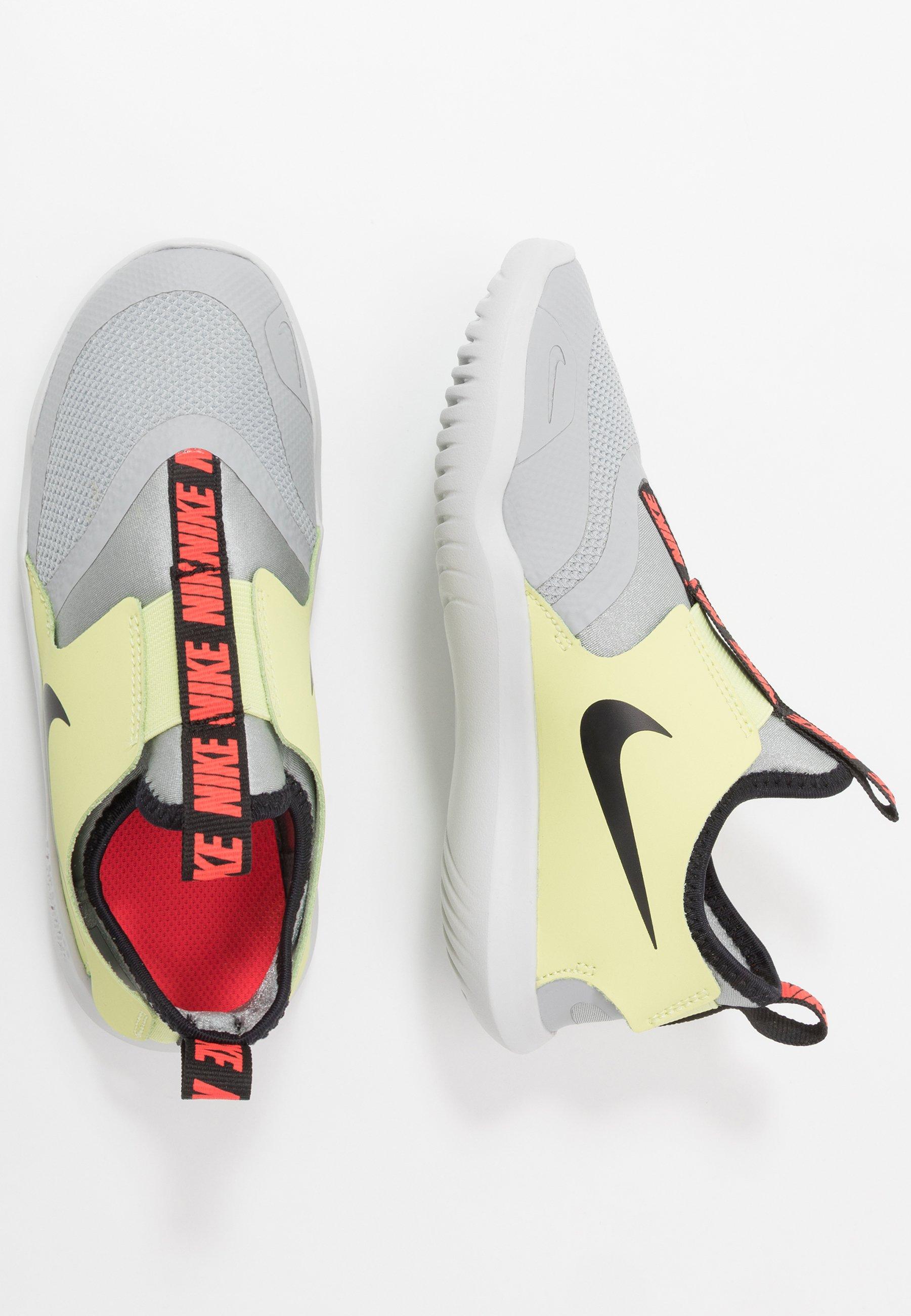 social Bienes Creación  Nike Performance FLEX RUNNER - Neutral running shoes - lt smoke  grey/black-limelight-photon dust - Zalando.ie
