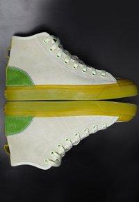 adidas Originals - NIZZA  - Vysoké tenisky - ice yellow/unity lime/offwhite - 2