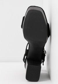 Even&Odd - LEATHER PLATFORM HEELED SANDAL - Korolliset sandaalit - black - 6