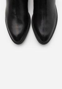 Vagabond - FRANCES - Støvletter - black - 2