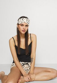 Anna Field - Pyjama set - black/nude - 3