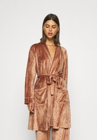 Underprotection - SOPHIE ROBE - Dressing gown - clay - 3