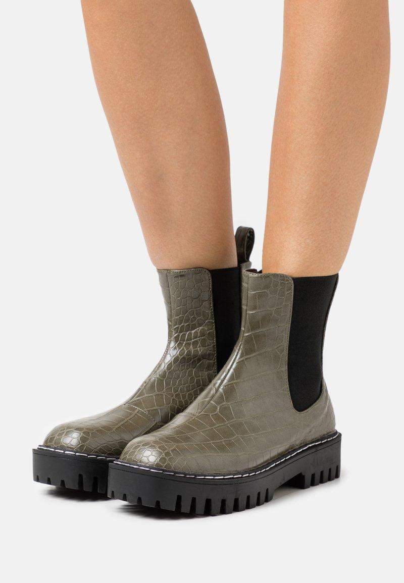 RAID - ZINNIA - Platform ankle boots - khaki
