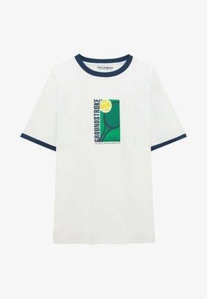 WEISSEN RIPPEN MIT ABBILDUNG - T-shirts print - white