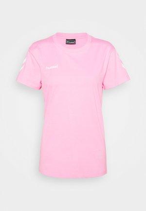 GO WOMAN - Print T-shirt - candy