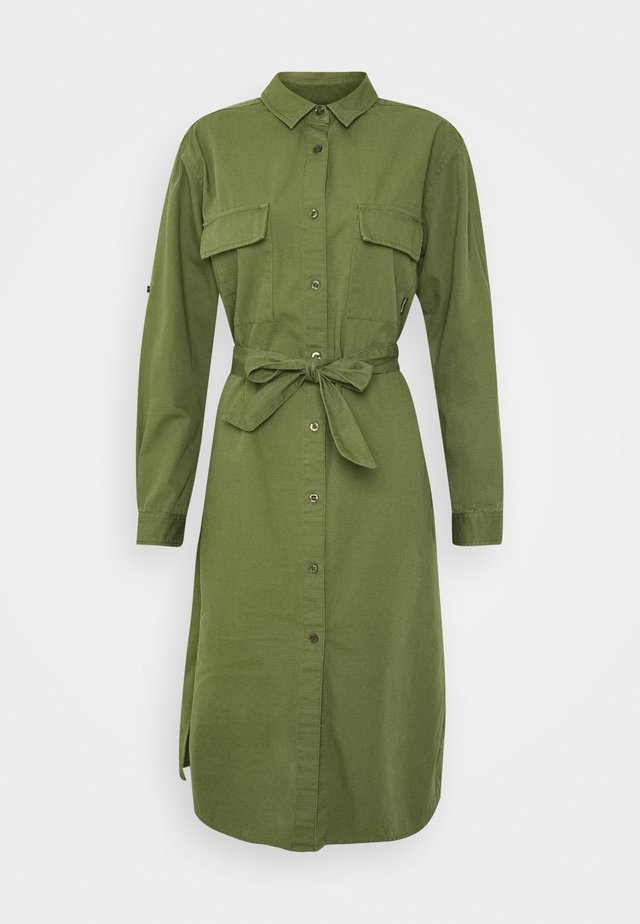 DRESS TRONDHEIM - Denní šaty - leaf green