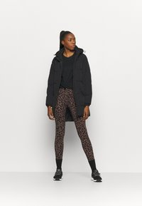 Cotton On Body - THE MOTHER MID LENGTH PUFFER - Veste d'hiver - black - 1