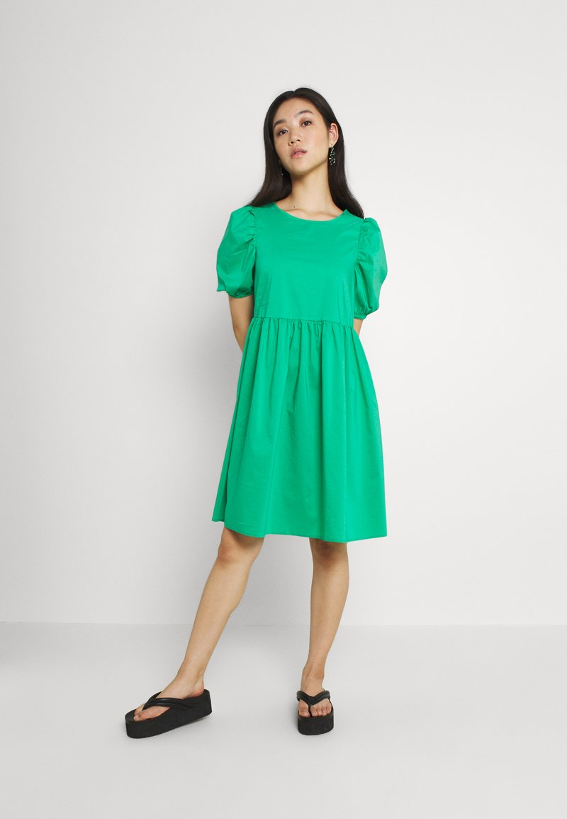 Vero Moda - VMFRANCES SHORT WOW DRESS - Freizeitkleid - blarney