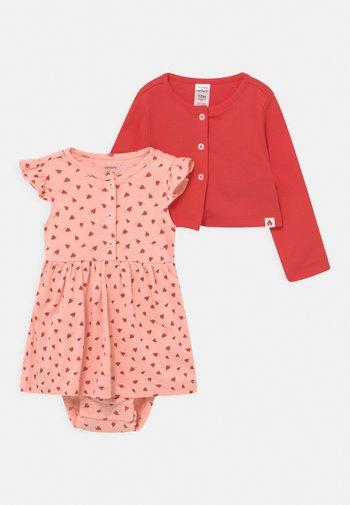 FLORAL SET  - Cardigan - pink
