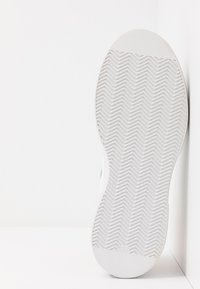 Sixtyseven - Sneakers basse - white/orange - 6