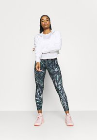 Sweaty Betty - AGILITY WORKOUT - Long sleeved top - white - 1