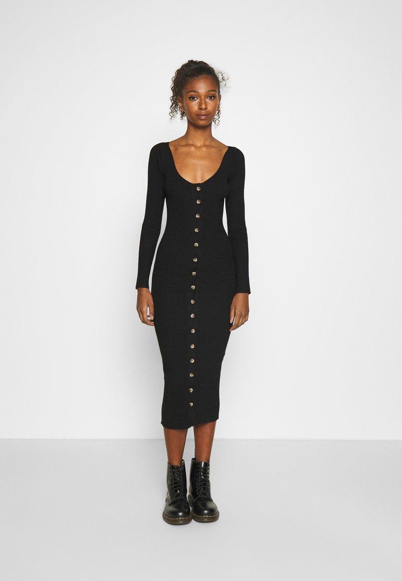 Fashion Union - ALLISTER - Jumper dress - black