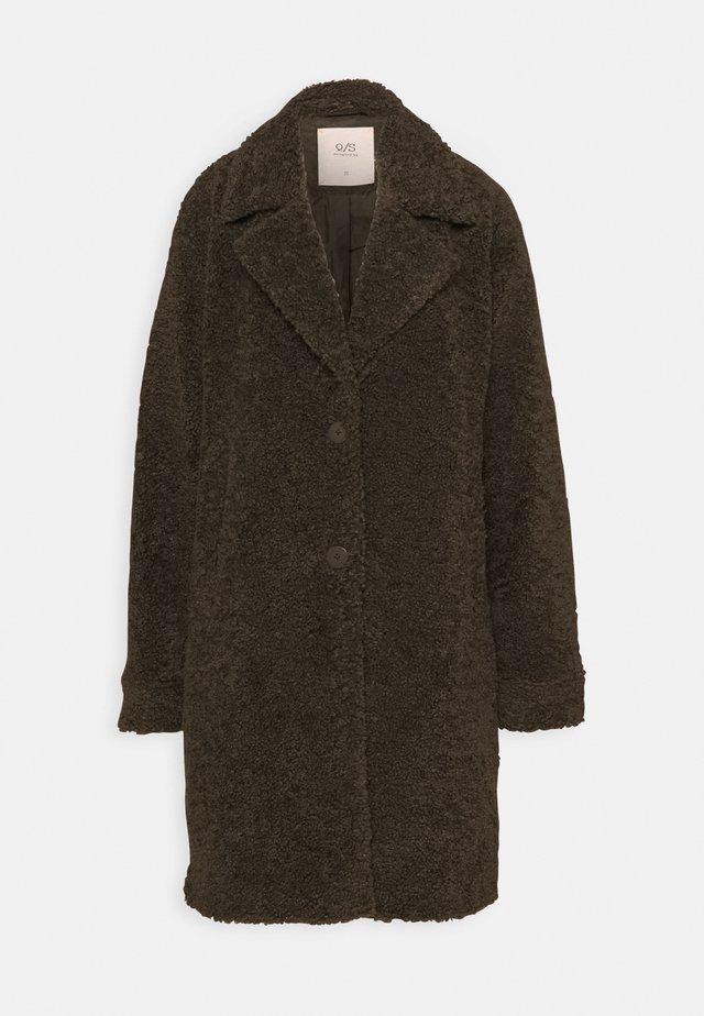 Klasický kabát - nougat