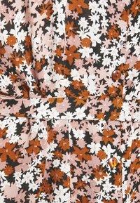 PIECES Tall - PCFRIDINEN DRESS - Shirt dress - mocha bisque - 5