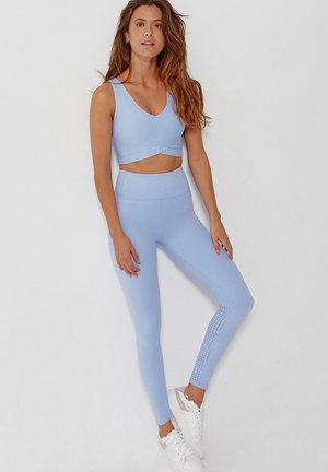 SET - Sports bra - azul claro